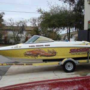 boat wrap by seaside graphix